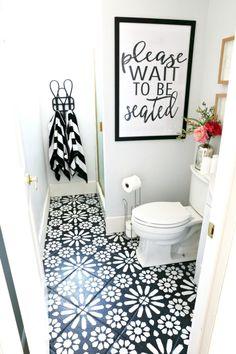 Cool 42 Simple Farmhouse Bathroom Decor Ideas. More at http://trendecor.co/2018/05/08/42-simple-farmhouse-bathroom-decor-ideas/