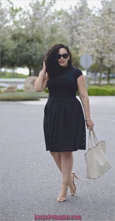We decided to help you out in finding the best solution for your difficulties with a well designed Casual work outfits for curvy women. Here are some of the by glenda Summer Work Outfits, Casual Work Outfits, Curvy Outfits, Mode Outfits, Work Casual, Casual Dresses, Work Dresses, Classy Outfits, Chic Outfits