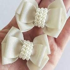 Discover thousands of images about Cute bows Diy Ribbon, Ribbon Hair, Ribbon Crafts, Flower Crafts, Ribbon Bows, Ribbons, Baby Bows, Baby Headbands, Baby Girl Hair Accessories