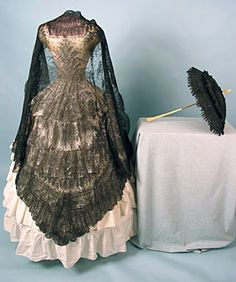 Parasol & Lace Shawl, 1850-1860s October 24, 2004, Whitaker Auction, $80