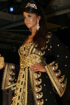 #arabic#dress#gold#black#beautifull#takchita
