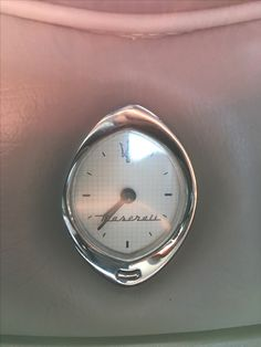 #clock #time #Maserati #coupe #v8 #4200 #GT #luksus #leather