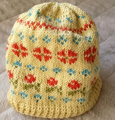 Love Lerke - the knitting with this yarn goes so swiftly! This hat is inspired by traditional Lithuanian mitten patterns which I found in a book. The book however is just documenting the mittens by...
