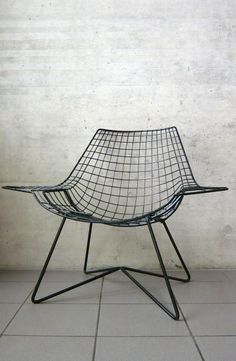Otto Kolb; Enameled Metal Lounge Chair for Stella, 1950s.