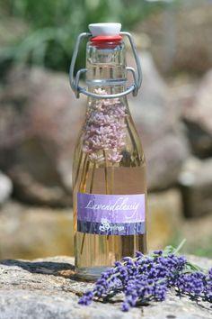 """Lavendelessig ... sehr speziell aber für mediterrane Gerichte das Tüpfelchen auf dem """"i"""""""