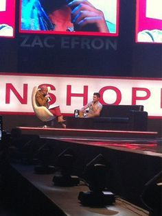 #PENSHOPPEFanCon2012 Zac Efron now having an interview with Boy Abunda :)