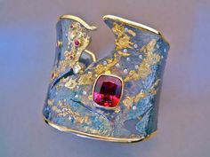 Goph Albitz, Untitled, 2014, cuff, 18-karat fused gold on sterling silver, 18-karat bezels and borders, 10.6-carat rhodolite garnet, 1.0 CTW diamonds, 0.45 CTW rubies, 67 x 51 x 44 mm, photo: artist