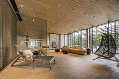 Gallery of Baan Plai Haad / Steven J. Leach Architects - 11