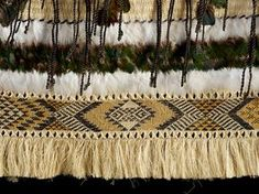 Due to huge interest in an exhibition of Maori kakahu, or cloaks, from artists including the renown weaving family Hetet-Te Kanawa; free access to the exhibition has been allowed by the organisers before the wider Miromoda fashion show. Flax Weaving, Weaving Art, Weaving Patterns, Textile Patterns, Textiles, Basket Weaving, Maori Designs, Maori Patterns, Feather Cape
