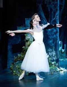 Denis Matvienko andAnastasia Matvienko inGiselle with the Mikhailovsky Ballet. Photo© Gene Schiavone.