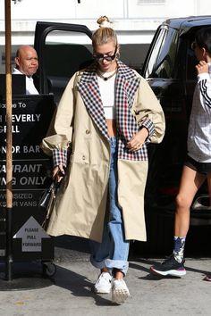Hayley Bieber, Hailey Baldwin, Military Jacket, Vans, Coat, Jackets, Fashion, Down Jackets, Moda