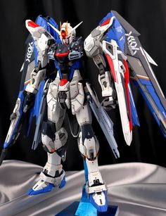 MG 1/100 Freedom Gundam Ver. 2.0 - Customized Build Modeled by varzill666