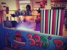 Pause Ice Cream au 320 Below Nitro Cream Cafe à Singapour. Saveurs du net - Eat, drink and geek : www.saveursdunet.com