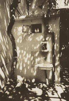 arsarteetlabore: Gueorgui Pinkhassov , Self-portrait in a courtyard of Baku, Azerbaijan. 1976