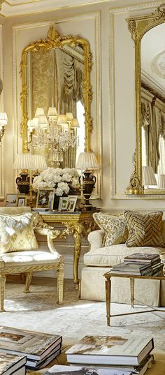 French Flair ● Living room   just the right amount of opulence. wish the pic was wider.