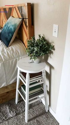 How To Upcycle A Bar Stool Into A Narrow Bedside Table - #thriftstorefinds - Upcyling a $5 bar stool into a narrow bedside table is so easy to create with a little chalk paint and wood for shelving. Bonus: there's a video tutorial!... Diy Furniture Table, Thrift Store Furniture, Repurposed Furniture, Furniture Projects, Furniture Makeover, Bedroom Furniture, Home Furniture, Furniture Design, Modern Furniture