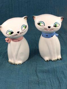 Vintage 1958 Holt & Howard Cozy Kitten Salt & Pepper Shaker Set Pink Blue Cat