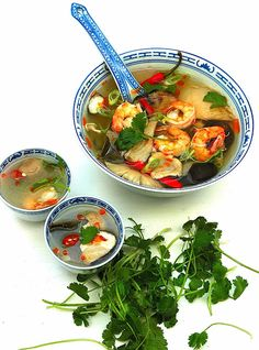 Tom yam / tom yum (why did I have this saved as pickled onions ??)