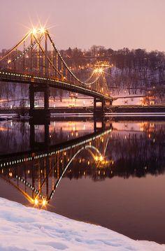Пішохідний міст через Дніпро Київ.Фото Сергія Сидорова / Kyiv Ukraine