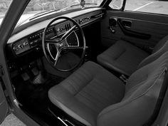 Volvo 142 DL 1972 Dashboard Dashboards, Jeeps, Volvo, Trucks, Cars, Interior, Vintage, Motorbikes, Interieur