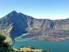 Este es el monte Rinjani, un volcán activo en la isla de Lombok.
