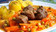 Pork cubes with carot and potatoes Czech Recipes, Ethnic Recipes, Slovakian Food, Pot Roast, Pork, Food And Drink, Cooking Recipes, Potatoes, Menu