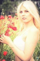 #halle #harz #thale #göttingen #shooting #model #girl #woman #frau #portrait #creative #color #poppy #poppyfield #field   #blond #longhair #german #liebefotos www.schmidt-fam.de  l(i)ebe.fotos