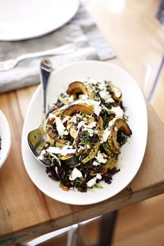 Wild Grain and Winter Squash Salad [Late Autumn/Early Winter] Winter Dinner Recipes, Fall Recipes, Whole Food Recipes, Holiday Dinner, Recipes Dinner, Baking Recipes, Christmas Recipes, Squash Salad, Winter Dishes