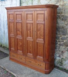 A Large Victorian Pitch Pine Housekeepers Cupboard - Antiques Atlas
