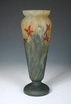 A Mado Nancy art glass vase,