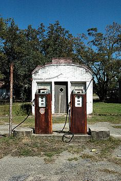 Fill'er Up | Twin City (Graymont), Emanuel County GA | Brian Brown | Flickr