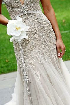 Love the detailing on this bridal dress