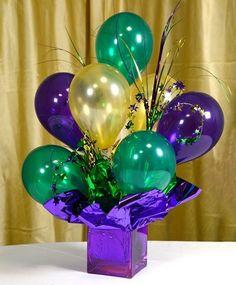 Graduation+Centerpieces+Ideas   Graduation party ideas / Air-filled Balloon Centerpiece Tutorial