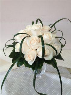 Rose avorio con lilligrass....