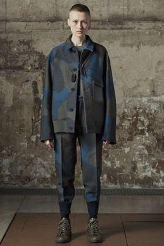 Male Fashion Trends: OAMC Fall/Winter 2016/17 - Paris Fashion Week