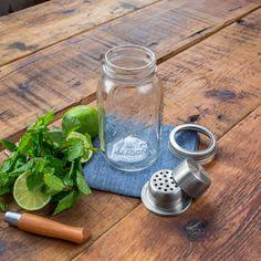 Authentique Mason Jar shaker