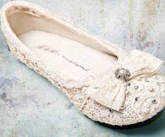 Scarpe da Sposa ballerine: una scelta di confort ed eleganza