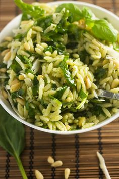 Recipes - Spinach, pesto & parmesan orzo salad - Apocalypse Now And Then Cooked Vegetable Recipes, Vegetable Korma Recipe, Spiral Vegetable Recipes, Vegetable Dishes, Vegetable Samosa, Vegetable Spiralizer, Vegetable Tian, Vegetable Casserole, Spiralizer Recipes