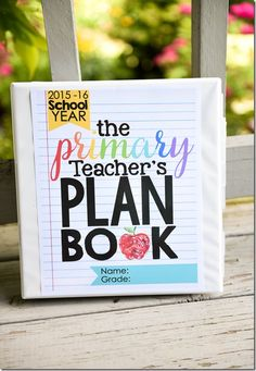 I'm ecstatic to share my latest project with you: The Primary Teacher's Plan Book! I wanted to create a plan book that was made specifically for YOU – a primary teacher! In the past, I've used scra