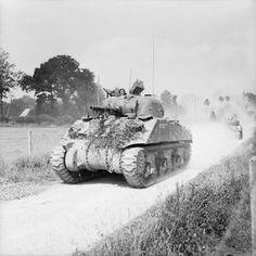 British Sherman tanks advancing towards Vire, Normandy, 2 August Ww2 Pictures, Ww2 Photos, Sherman Tank, Tiger Tank, Ww2 Tanks, Close Encounters, Battle Tank, British Army, British Tanks
