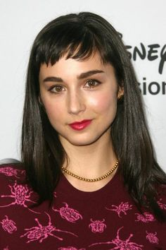Molly Ephraim at the Disney ABC Television Group's 2014 winter TCA party. Hair Color Dark, Eye Color, Molly Ephraim Hot, Mandy Last Man Standing, Kaitlyn Dever, Gypsy Rose, Child Actors, Height And Weight, Woman Crush