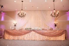 Quinceanera Planning, Pretty Quinceanera Dresses, Quinceanera Themes, Head Table Wedding Decorations, Quince Decorations, Sweet 15 Decorations, Quince Themes, Quince Ideas, Rose Gold Centerpiece