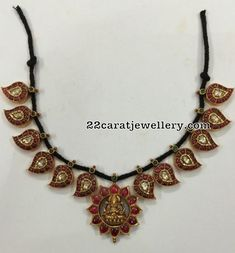 I like this Fine jewelry necklaces. Pendant Jewelry, Beaded Jewelry, Silver Jewelry, Beaded Necklace, Diamond Necklaces, Fine Jewelry, Jewelry Necklaces, Gold Necklace, Indian Wedding Jewelry