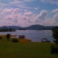 Beautiful sunny day on Cherokee Lake from last summer!