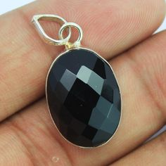 Black Onyx Sterling Silver Pendant – Jewels Exports