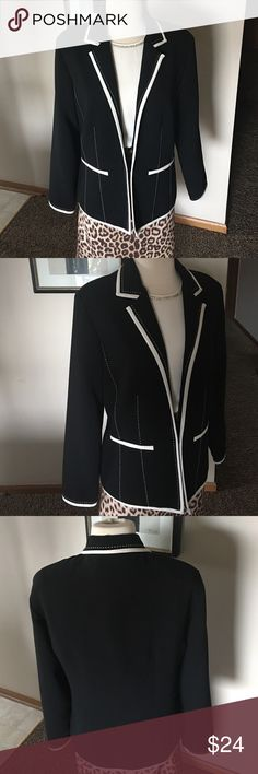Black gorgeous jacket with missing tags Preowned in perfect condition,size 10-12 jacket Jackets & Coats Blazers
