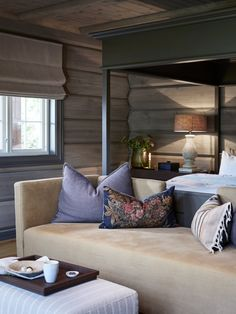 STORFJORD HOTELL — Corniche Interior Design Chalet Interior, Modern Interior, Interior Design, Contemporary Decor, Modern Decor, Cabin Style Homes, Wooden Cottage, Cabin Interiors, Transitional Decor
