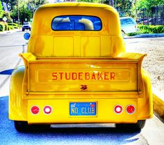#Studebaker #Classic #car  - how cool are the contrasting colours!
