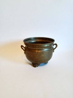 Brass and Copper Footed Planter by SamsOldiesButGoodies on Etsy