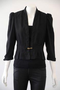 CUE  Women s Black Cropped 3/4 Sleeve Jacket EUC {Size 10}